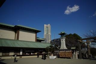 伊勢山皇大神宮から見たランドマークタワー